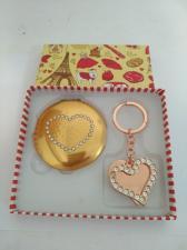 Набор подарочный Зеркальце +Брелок со стразами /Золотое сердце/